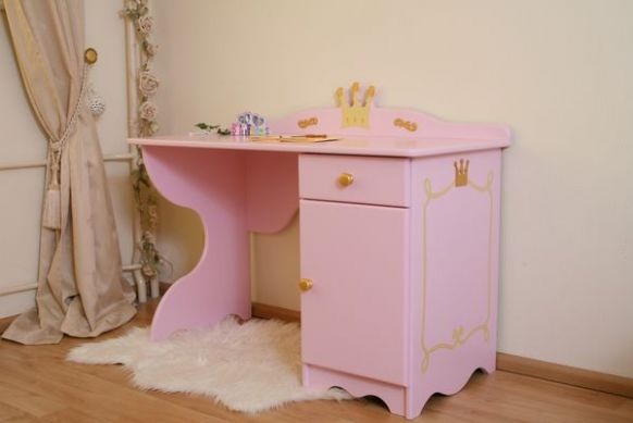bureau enfant princesse rose. Black Bedroom Furniture Sets. Home Design Ideas