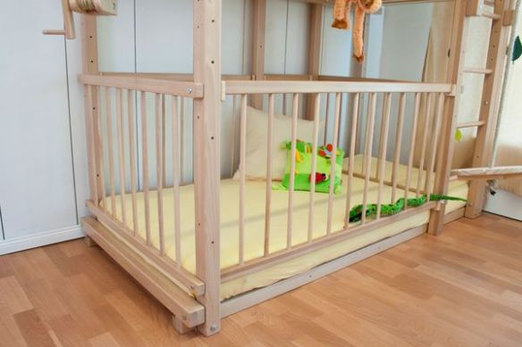 lit etage avec lit b b. Black Bedroom Furniture Sets. Home Design Ideas